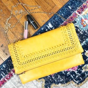 MODA LUXE | mustard yellow clutch with gold chain